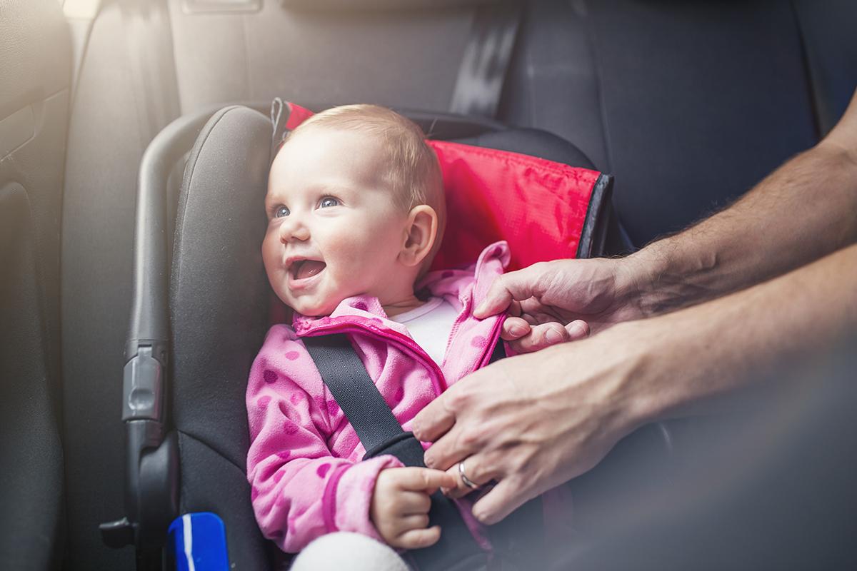Sicurezza in auto, nuove regole dal 2017   Primi Anni